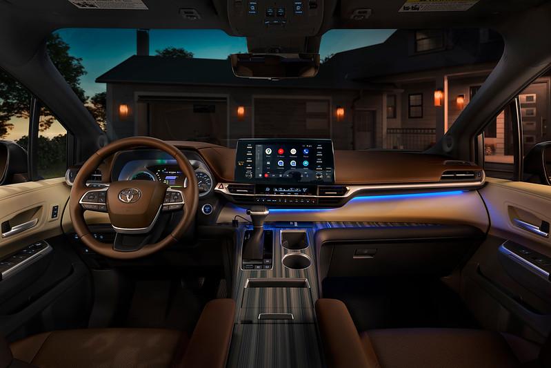 2021 Toyota Sienna | Robbins Toyota | Nash, TX